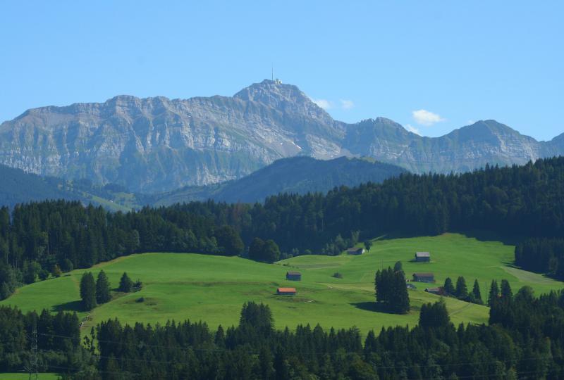 Der Säntis von Schwellbrunn aus gesehen