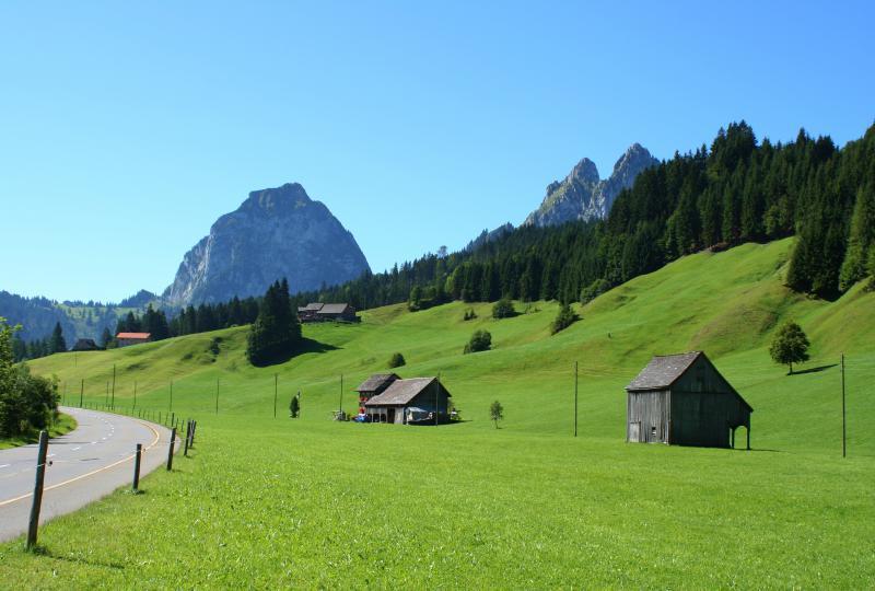 Alpthal: Auf dem Weg zu den Mythen