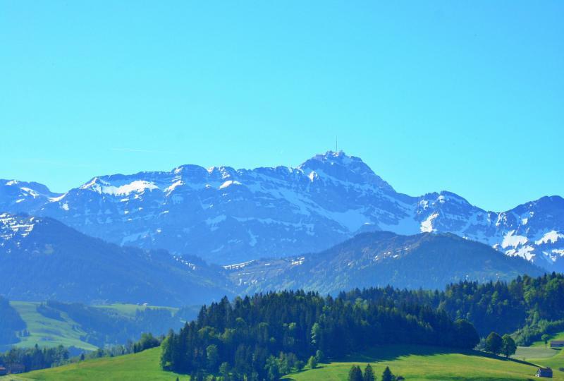 Aussicht auf den Säntis in der Nähe von Schwellbrunn