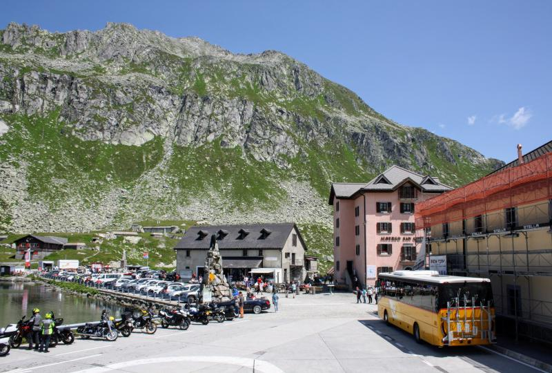 Gotthard Ospizio: Motorradfahrer sind gern gesehene Gäste
