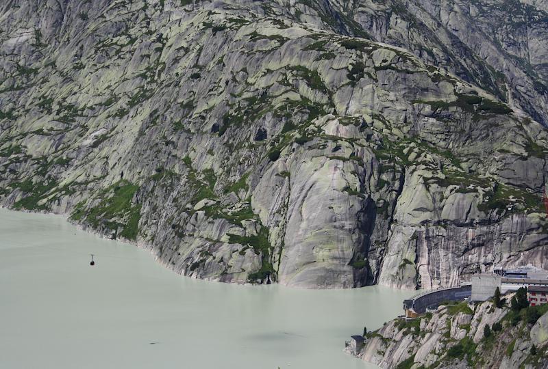Oberaarbahn: Ein kleiner Punkt in der riesigen Grimselwelt