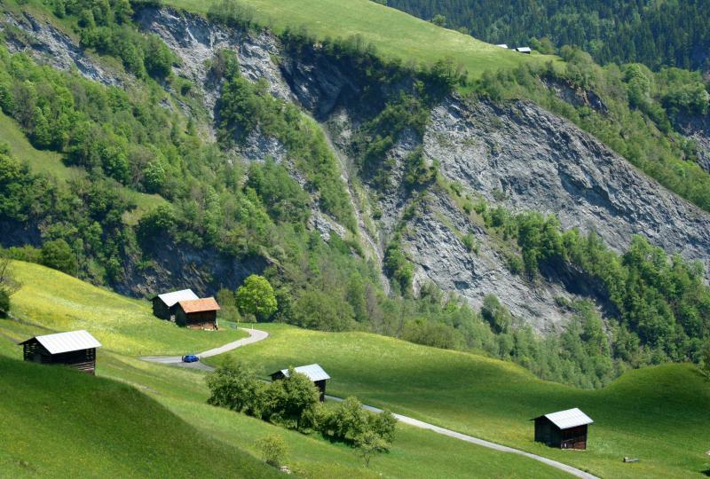 Val Lumnezia - kleine Siedlungen überall