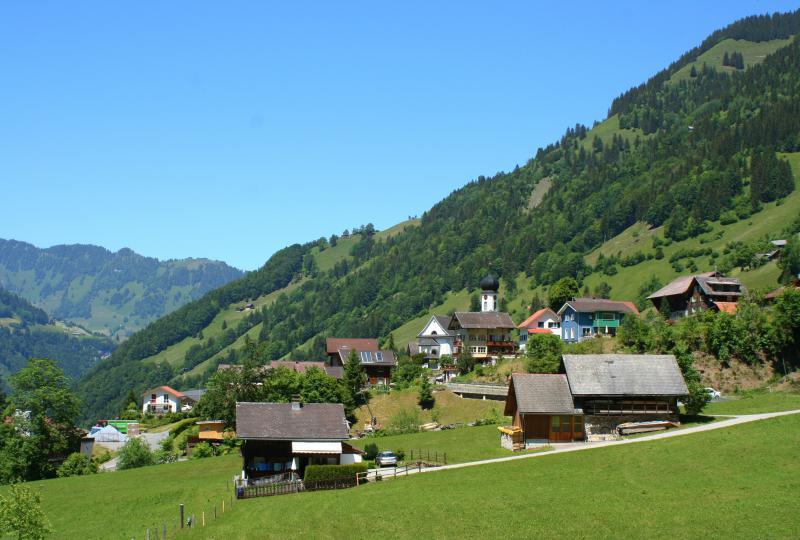 Jouer la vidéo: Oberrickenbach (talwärts Richtung Wolfenschiessen)